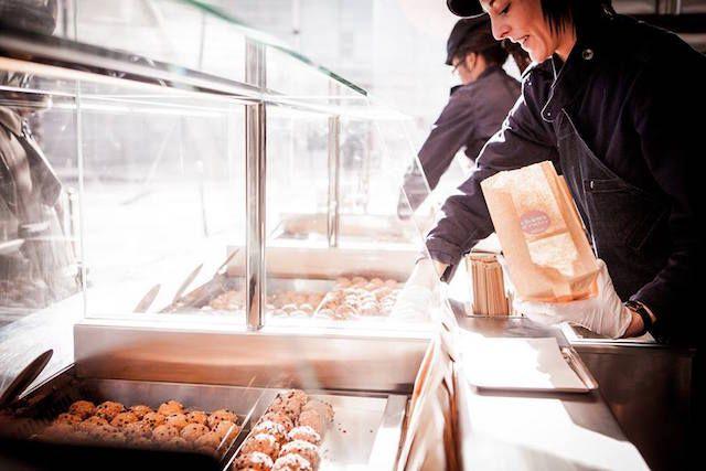 アランデュカス監修のシュークリーム専門店が日本初上陸 ニュウマンに出店