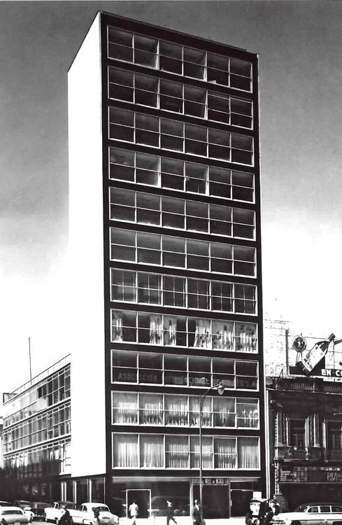 Augusto H. Álvarez - Banco del Valle de  México,  México (1955)