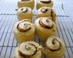 Cheese and Vegemite scrolls recipe Scrolls are always a popular lunch box filler - and your kids will adore these savoury scrolls filled with cheese and Vegemite. Yum! Serving Size: 8 Category: After school snacks, Australian, Bread, Cheese, Kids cooking, Lunch box, Party food, Toddler  Special Info: Egg free, Nut free Ingredients: • 1 ½ cups self-raising flour • ½ cup wholemeal flour • 80g butter • 2/3 cup milk • 2/4 cup cheddar cheese, grated • ¼ cup parmesan cheese, grated • 1 tbsp…