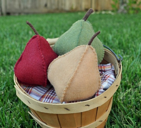 Felt Food Trio of Fall Harvest Pears by TheFeltedPear on Etsy, $16.00