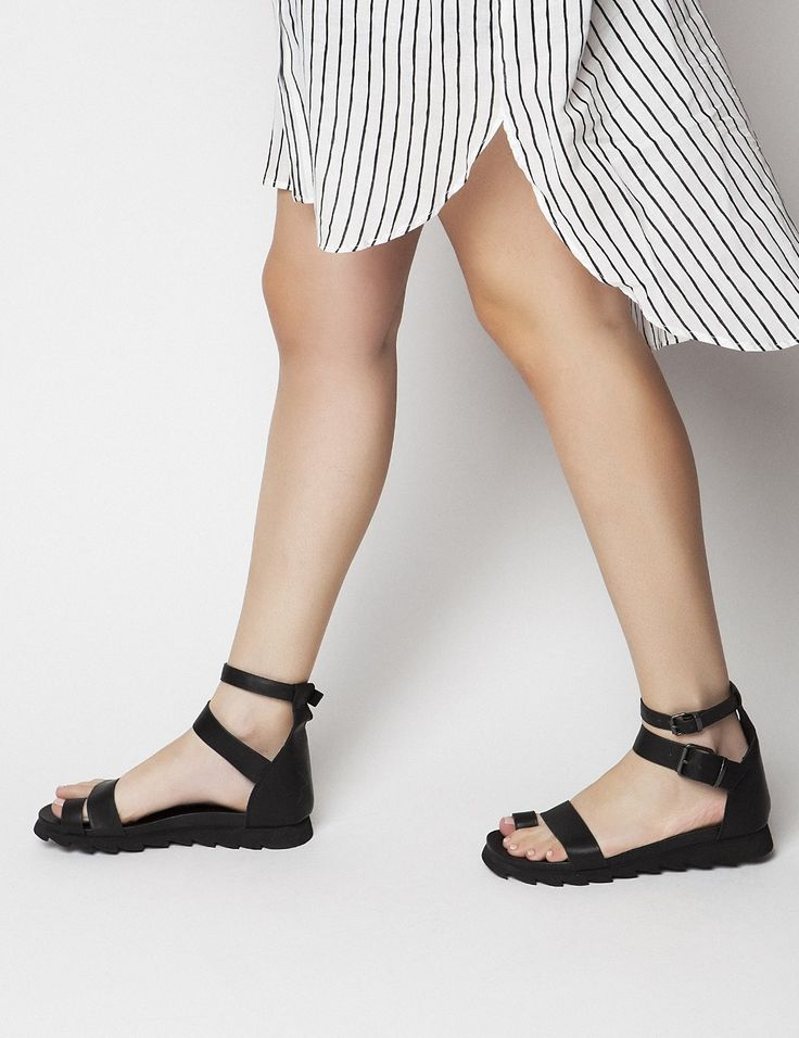 Riley Sandals S/S 2015 #Fred #keepfred #shoes #collection #leather #fashion #style #new #women #trends #black #sandals