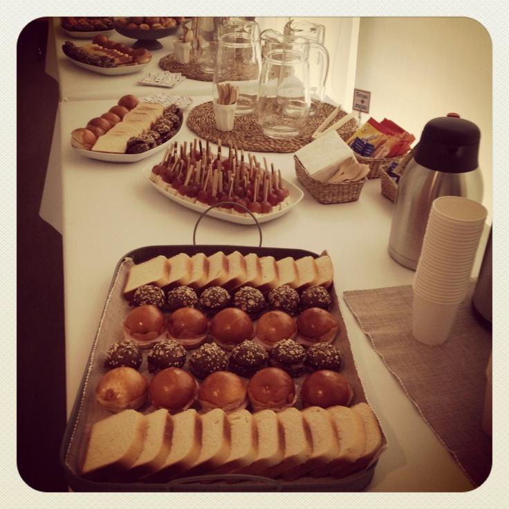 Un coffee break es más que un desayuno catering@teresaponlamesa.com