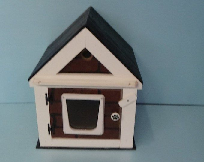 Heated Cat Pod House 2 Doors Ships Next Bus Day Etsy Cat Pod Outdoor Cat House Pod House