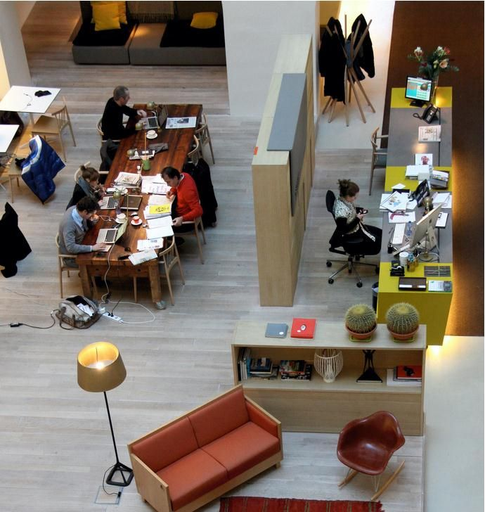 Spaces Amsterdam - Coworking office - like the space divider - creates privacy for private desks