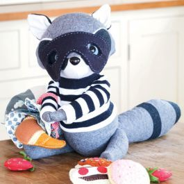 A cute raccoon on the run, this softie pattern from Jennifer Goldsmith includes instructions for making the raccoon and his loot bag full of tasty treats.