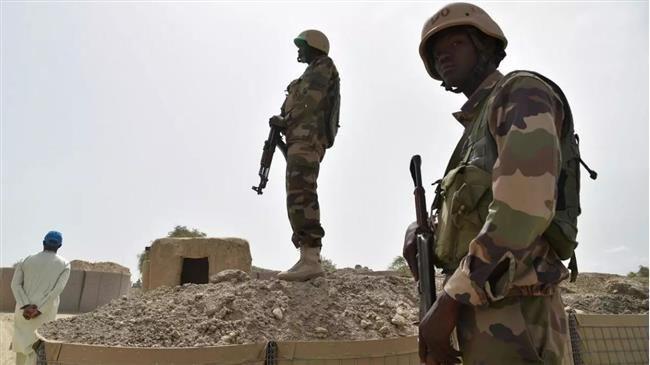 Le Niger Redit Non A Barkhane Zoom Afrique En 2020 Militaire Pays Africains Etat Major