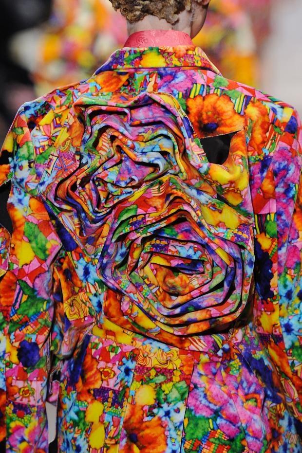 Comme Des Garcons Details A/W '13. rosettes