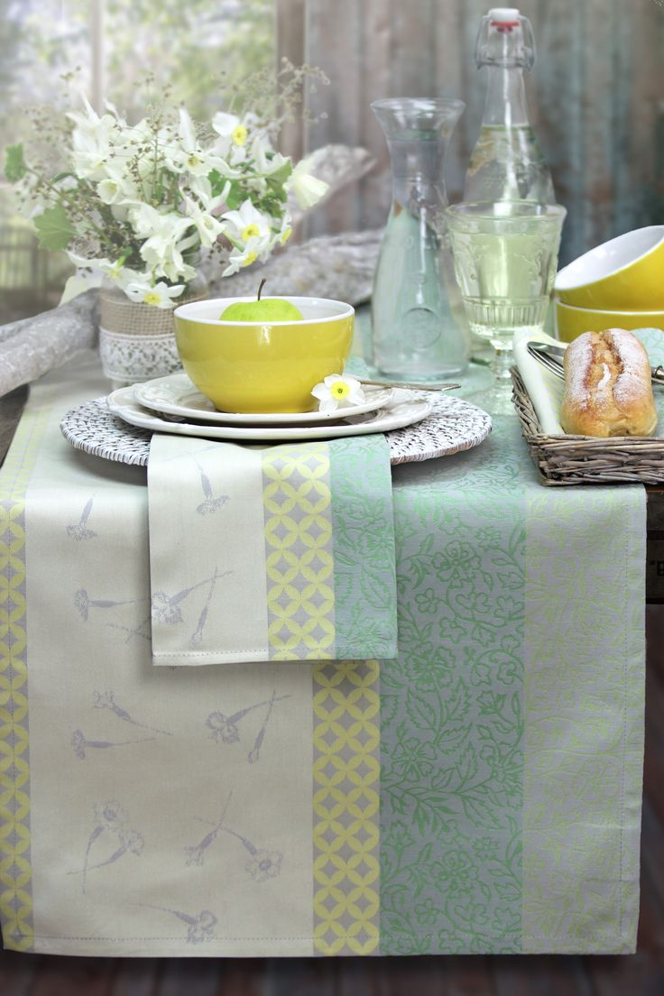 50 besten tischdeko mit gobelins von sander bilder auf pinterest gedeckter tisch sander. Black Bedroom Furniture Sets. Home Design Ideas