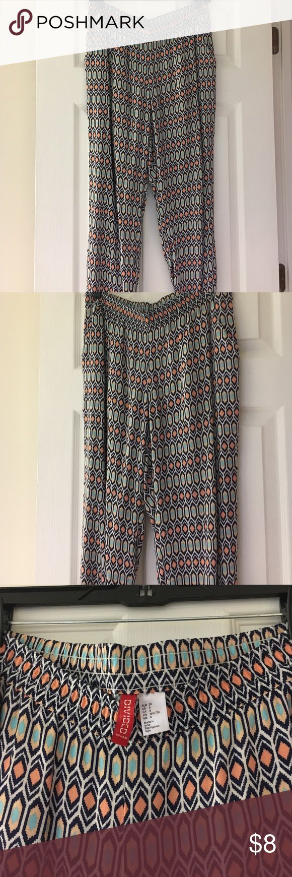 """H&M Aztec Print Soft Pant These H&M Printed Pants are great for spring/summer! They are tight around the ankle and kind of have a """"jogger"""" pant look. H&M Pants"""