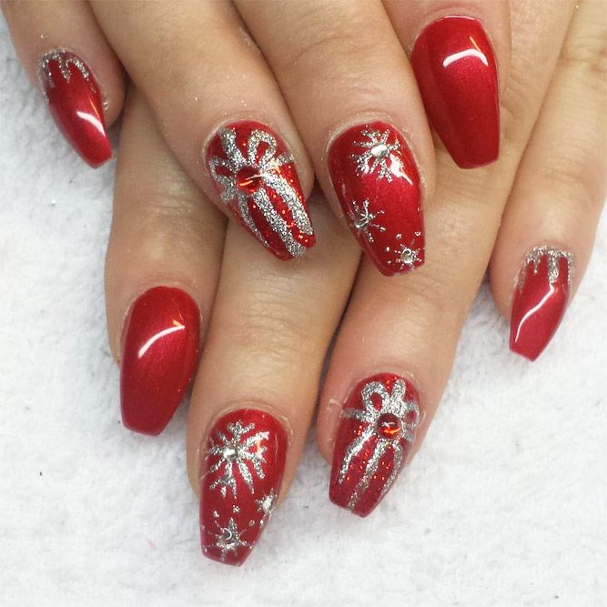 Christmas Designs For Acrylic Nails: The Collection Of Red, Gold And White Christmas Nail Art