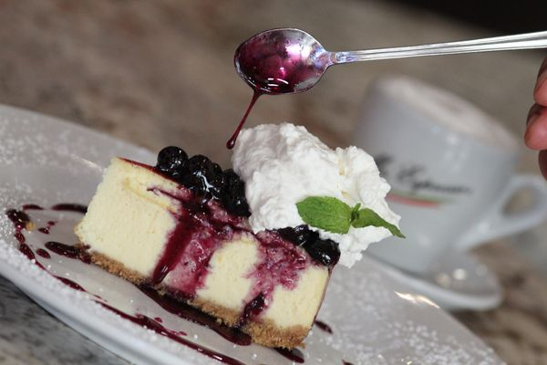 Cheesecake with Blueberry Sauce  vanilla #cheesecake with blueberry sauce, with whipped cream and fresh mint