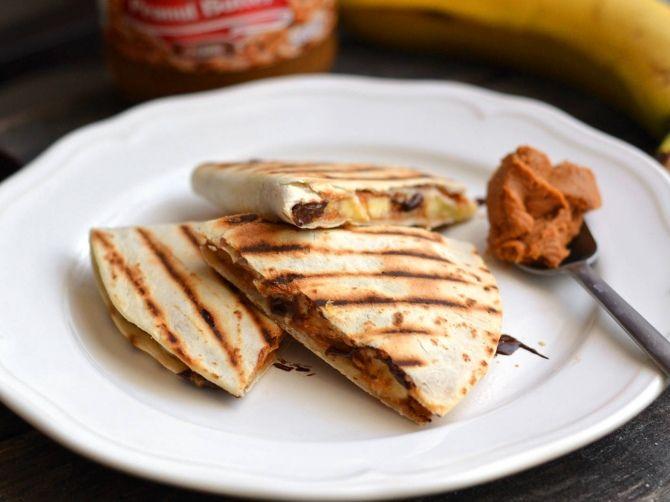 Mogyoróvajas-banános tortilla recept