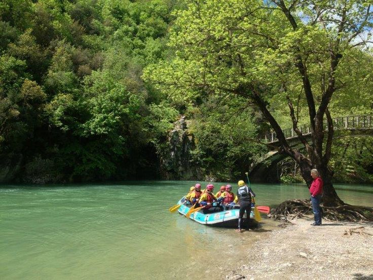 http://www.living-postcards.com/category/greek-back-mountain/monopatia-resort-ano-pedinazagori-ioannina#.VfgyErSDT8s