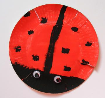 Paper plate ladybug craft for preschoolers  sc 1 st  Pinterest & 241 best Bug Crafts images on Pinterest | Insects Crafts for kids ...