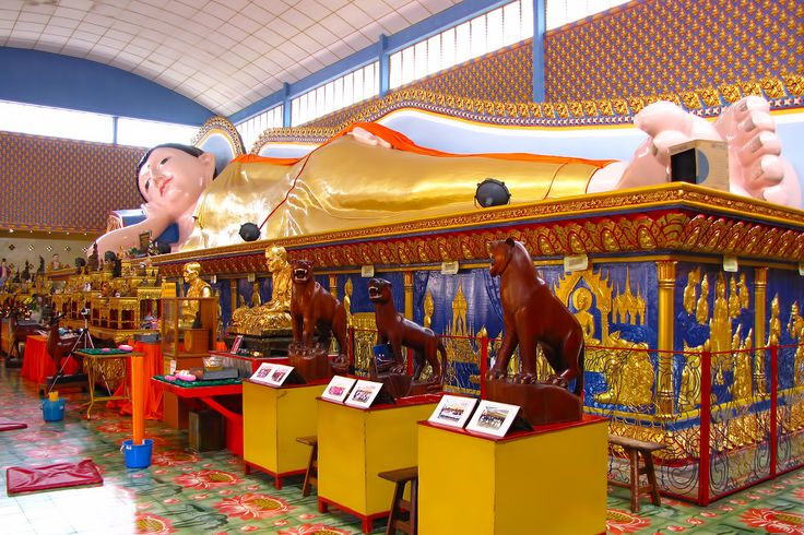 Wat Chaiya Mangkalaram Temple is the largest Thai temple in Penang. Set just off Jalan Burma (on the way to Batu Ferringhi), the yellow-and-blue temple is also known as Wat Buppharam. Built in 1845, it is home to a 108ft-long reclining Buddha image, said to be the