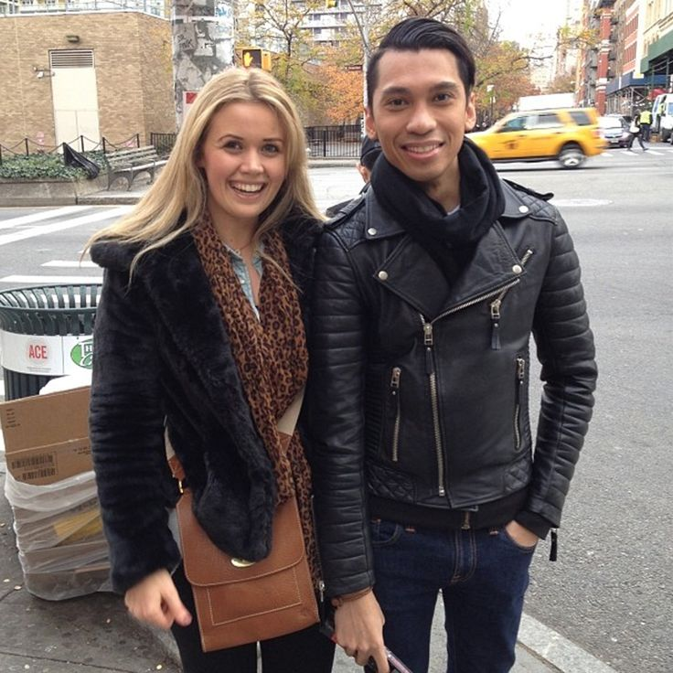 Spotted on the streets of #NYC - a loyal Boda customer! Blue meets the lovely Kai Saleh in person We love meeting our customers!! #happycoincidence #internationalboda #luxuryleather #fashion #bodaskins