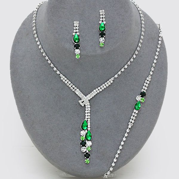 Shades of green necklace bracelet and earring set (Also available in blue and purple) from WWW.GlitzyGlamour.co.uk