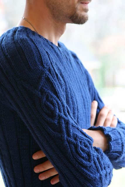 Durrow by Jodi Green. Shown in Winter Night Wool of the Andes by knitterholly on Ravelry.