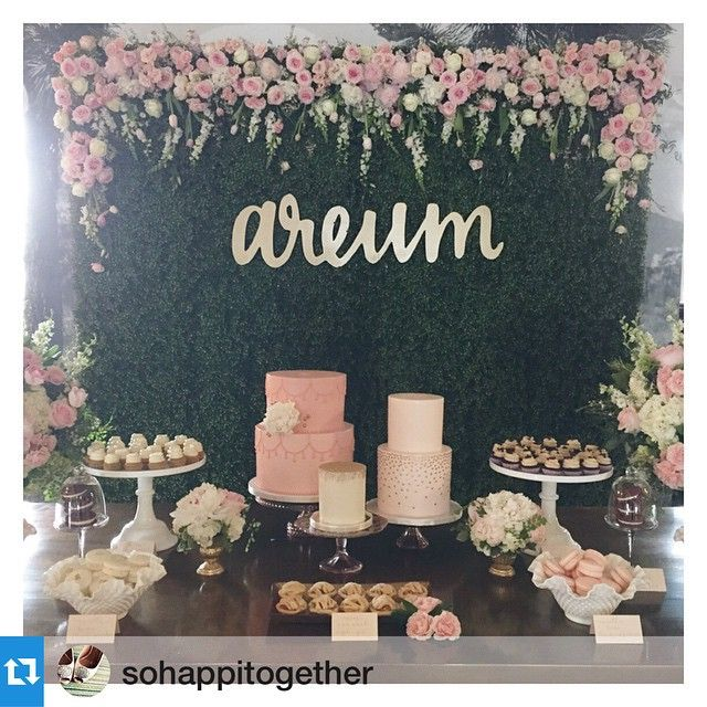 "We did the name ""areum"" in my handwriting and then had it laser cut and it turned out so great all dressed up!Another fun and fabulous 1st birthday today at @theuniquespace with @_esthersun. Can't get over this beautiful hedge backdrop decor by @heavenly_blooms with custom calligraphy and laser-cut gold name by @letterstou ! Only the best @sweetnsaucyshop @foundrentals @borrowedblu @littlenellyla and @premiere_rents for our pretty in pink princess!"