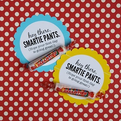 Need to do for first day of school - and maybe testing days too: Back To Schools, Lunch Boxes, Smarty Pants, Schools Ideas, Cute Ideas, Lunches Boxes, Schools Treats, Smartie Pants, Schools Crafts