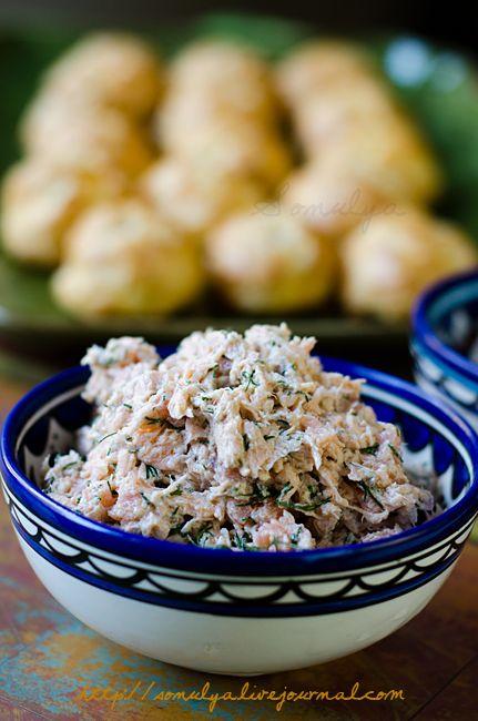 Салат из лосося - Голая Еда