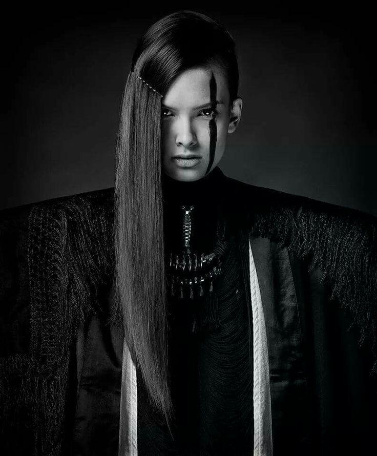 Photographer: Attila Udvardi Photography Make up: Agnes Bukor/Nesbu Make up Hair: Atee Miller/Marosfalvi hair Model: Zita/VM Model Styling assistant: Judit Kaposi