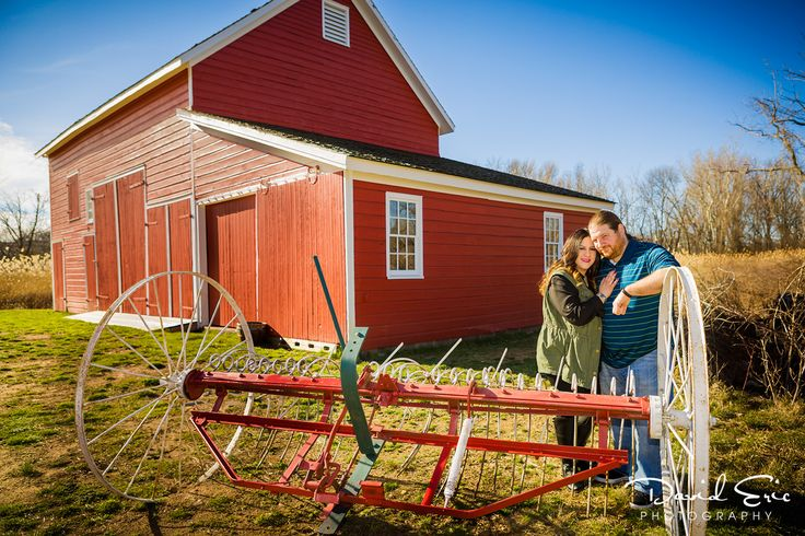 Casey and Christopher spent some time at the historic New Bridge Landing to do a get-to-know-you session for their October wedding at the Ho-Ho-Kus Inn & Tavern. I love this red barn.