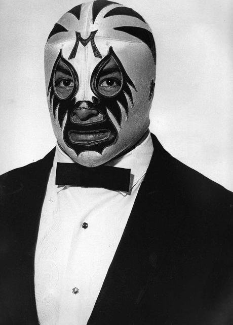 mil mascaras - The living legend...Mexico's favorite son