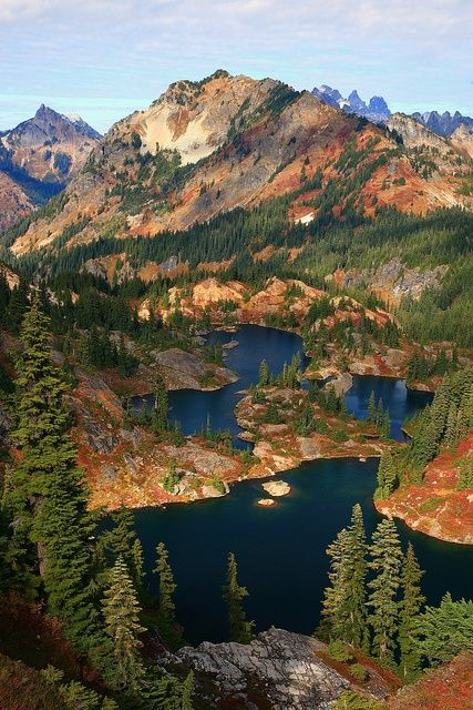 Rampart Lakes Fall Alpine Lakes WA