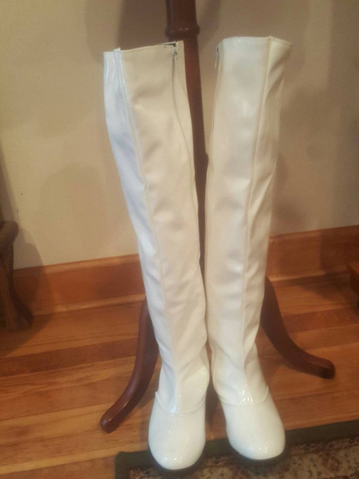 1960s White GoGo Boots Size 9 by SassySaraVintage on Etsy