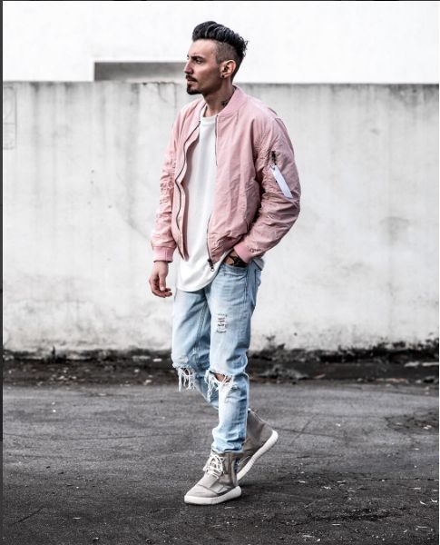 Menswear | Outfit | Bomber jacket | Ripped denim | Street style