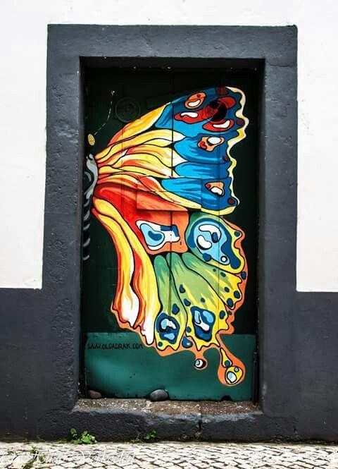 Butterfly door