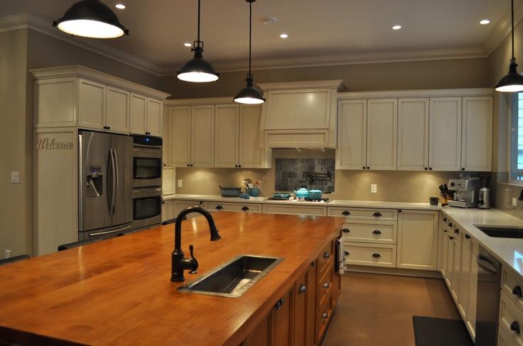 Transitional styled kitchen