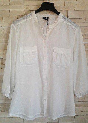 À vendre sur #vintedfrance ! http://www.vinted.fr/mode-femmes/blouses-and-chemises/36996546-blouse-mango-suit-taille-large