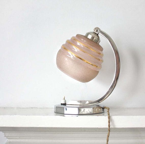 Art Deco Wall Lamp Shades : 25+ best ideas about Wall lamp shades on Pinterest Art deco lighting, Art deco and Art deco ...