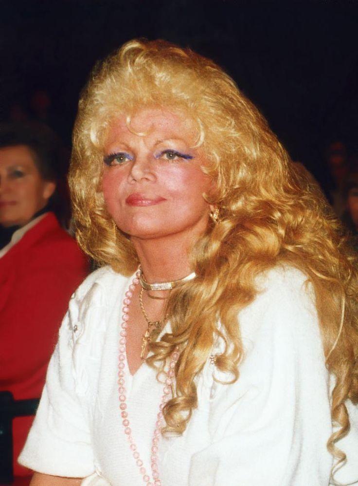 Violetta Villas - DIVA