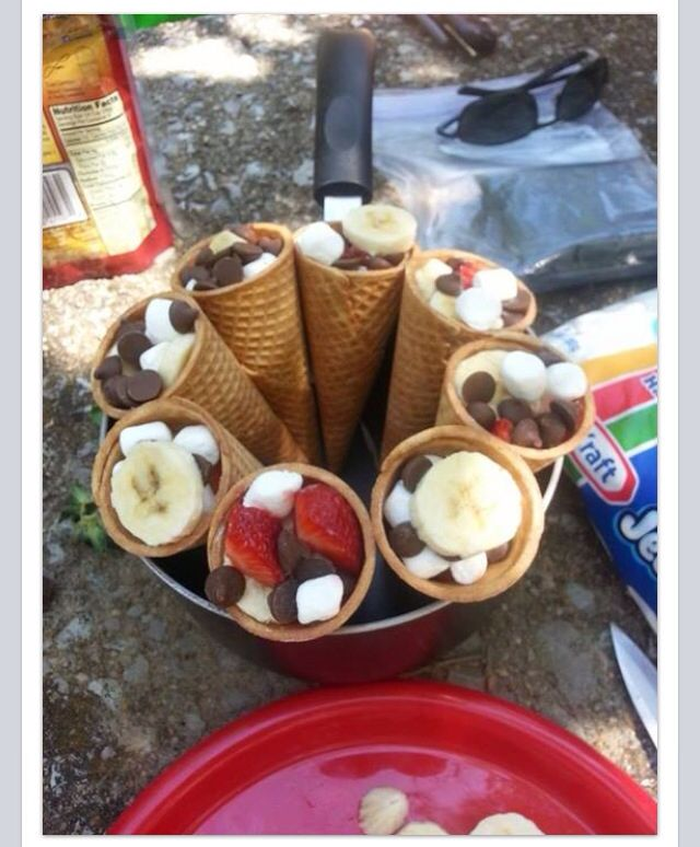 Two Easy Camping Recipes: Camping Desserts! Waffle Cones, Marshmallows, Chocolate