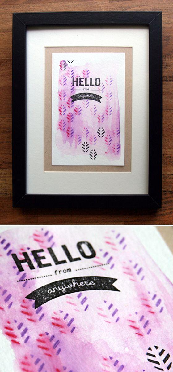 Comment réaliser des cartes aquarellées avec pochoirs et tampons bois ? Toutes les explications (et plus de photos) sur le blog Kesi'Art. Une réalisation de Denise de l'équipe créative.