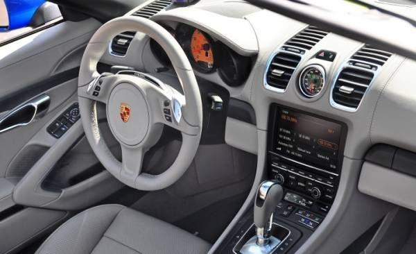 Названы ТОП-10 факторов, необходимых при покупке кабриолета http://actualnews.org/avto/183061-politekspert-opredelil-top-10-faktorov-neobhodimyh-pri-pokupke-kabrioleta.html  Назван ТОП-10 преимуществ кабриолета перед автомобилями с металлической крышей. Отмечены престиж, удобство, практичность, наличие дизельных моторов, езда «под ветерок», особый микроклимат и другие важные факторы.