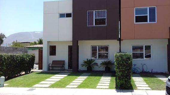 #CasaEnVentaTijuana Bonita casa en el fraccionamiento Mérida, con acceso al blvd. Benitez y Vía Rápida.  Se entrega amueblada. Es de 3 recámaras y 2.5 baños. Precio: MXN $ 1,980,000 en #venta  http://www.zuksa.net/property/EB-AC2056-casa-en-mexico-tijuana-baja-california-zermeno-merida  #EnBuenasManos #Tijuana #zuKsa #BienesRaíces #VentaTijuana