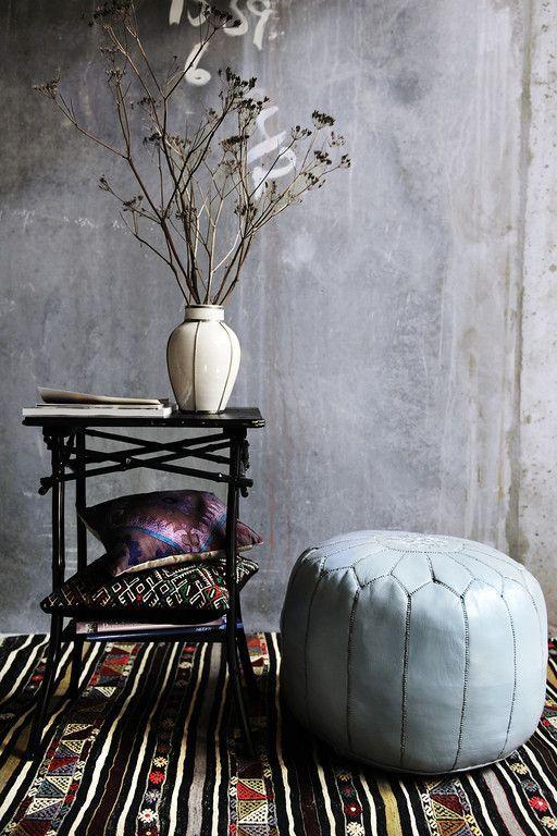 Moroccan pouf: Light Grey!   www.houseofkhmissa.nl/marokkaanse_poef