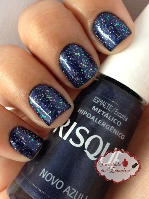 Sociedade do Esmalte: Novo Azul! - Risqué + Nuvem de Paetê - Risqué