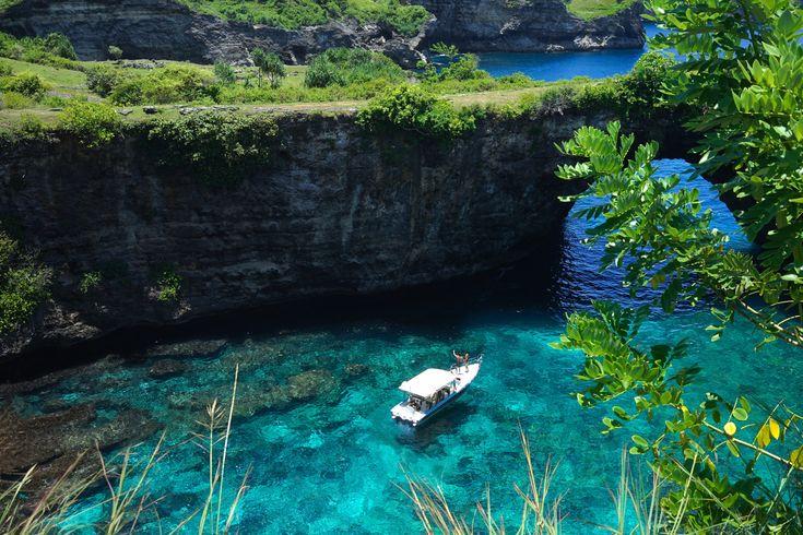 Hidden Gems in Nusa Penida – A MAP FOR SATURDAY