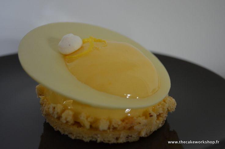 un petit dessert plein de fra 238 cheur inspir 233 d une recette de christophe michalak yuzu noisette