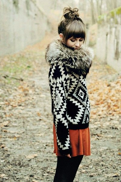 Adorable Winter outfit - love the bang thickness