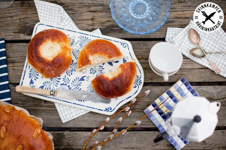 Anslut dig till Svinnkampen, töm skafferiet på halvtomma mjölpåsar och baka dallasbullar, receptet här: http://martha.fi/sv/radgivning/recept/view-93381-4339