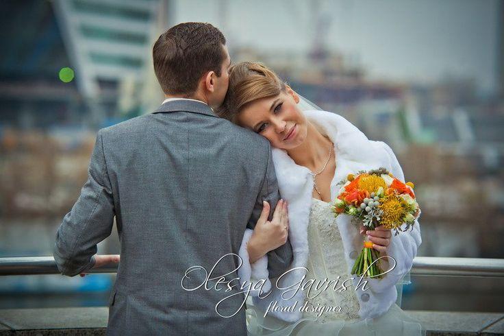 Олеся Гавриш - свадебная флористика и декор - Яркий букет невесты. Оранжевый свадебный букет.