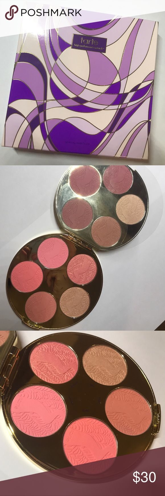 Tarte holiday 2016 blush palette-limited edition- Tarte holiday 2016 blush palette-limited edition-full size blush palette-never used- only swatch one of the highlighters in it-comes with original box-0.84oz tarte Makeup Blush