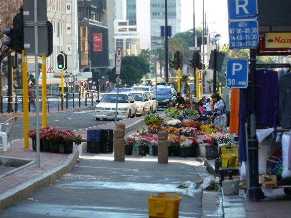 Adderley Street flower sellers - Cape Town Tourism
