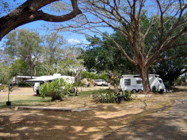 Mareeba Riverside Caravan Park | Atherton Tablelands | Queensland | Australia #accommodation #qld